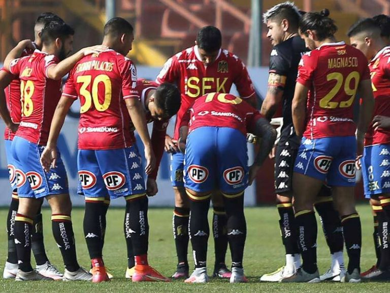 Unión Española durante un juego